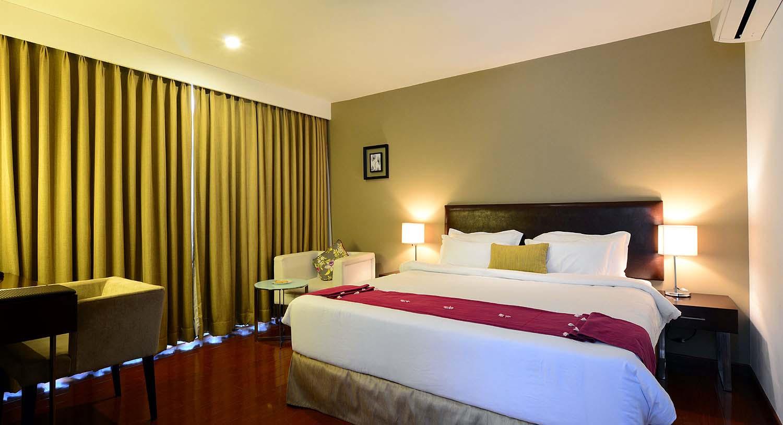 Hibiscus Suite, Palm Exotica