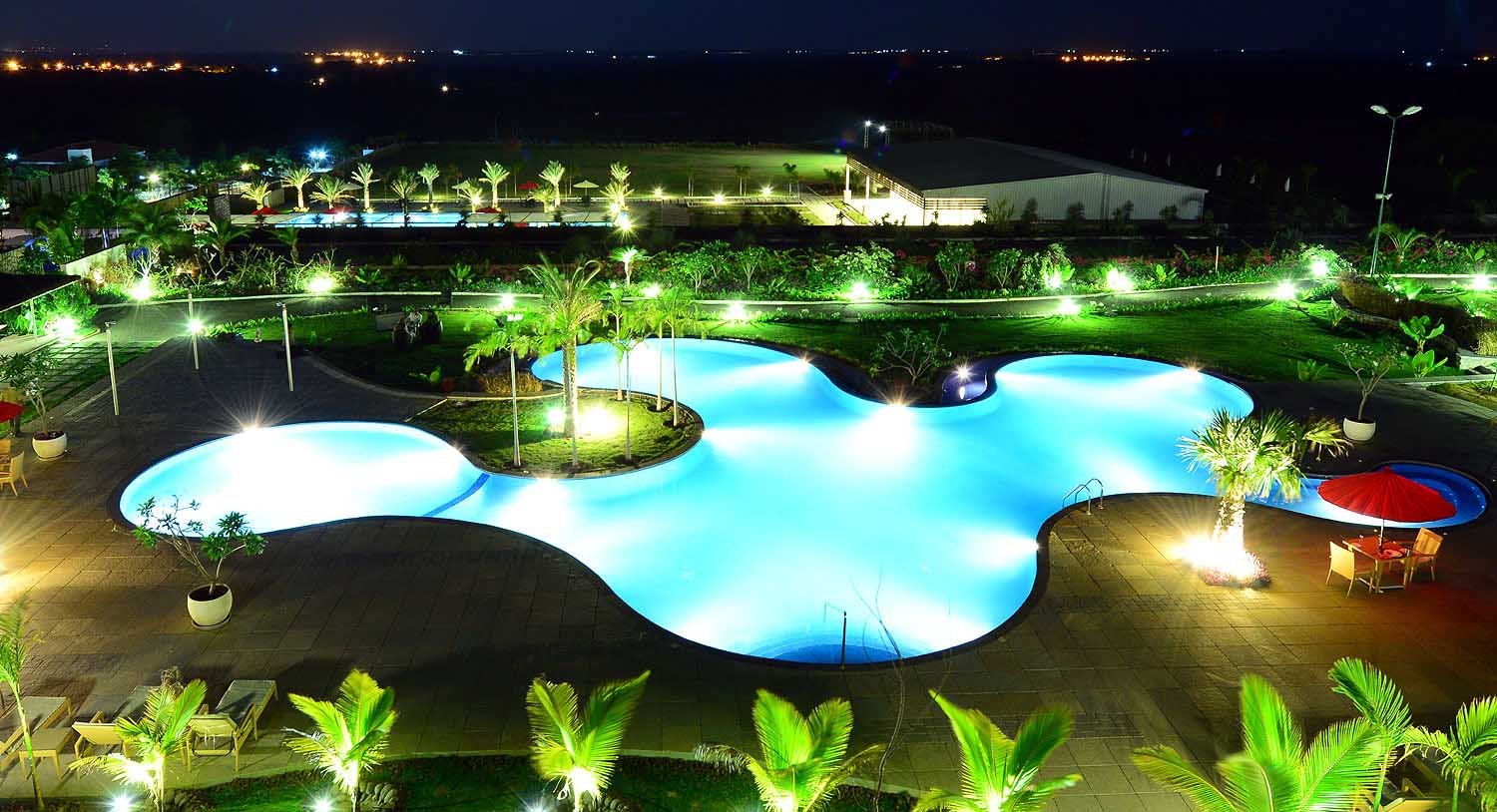 Swimming pools hotels in hyderabad with swimming pool palm exotica resorts for Resorts with private swimming pool in hyderabad