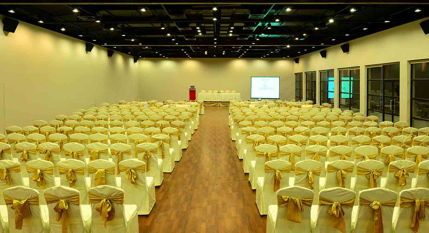 The Palms seating arrangement, Palm Exotica